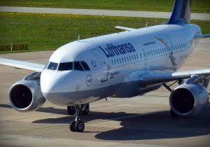 Lufthansa am Flughafen Hamburg