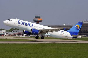 Condor am Flughafen Rhodos