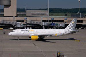 Vueling Airlines am Flughafen Stuttgart