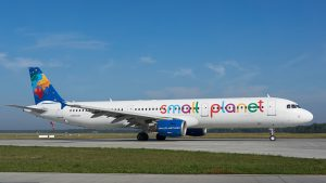 Small Planet Airlines am Flughafen Paderborn/Lippstadt