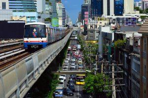 Mietwagen am Flughafen Bangkok-Suvarnabhumi
