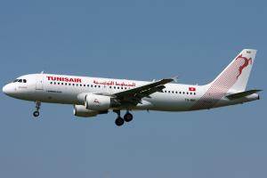 Tunisair am Flughafen Tunis