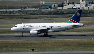 Air Namibia am Flughafen Windhoek